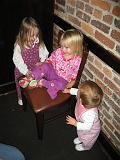 2006-11-02.big_river_grille.restaurant.matti-grace-seren-snyder.2.nashville.tn.us.jpg