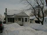 1999-01-17.winter.yard_front.1.redford.mi.us.jpg