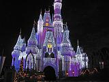 2007-12-23.castle.snow_white.03.magic_kingdom.disney.orlando.fl.us.jpg