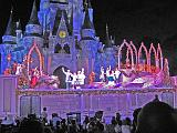 2007-12-23.castle.snow_white.08.magic_kingdom.disney.orlando.fl.us.jpg