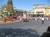 2007-12-23.parade.main_street.01.magic_kingdom.disney.orlando.fl.us.jpg