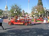 2007-12-23.parade.main_street.02.magic_kingdom.disney.orlando.fl.us.jpg