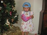 2007-12-25.christmas.playing.ball.02.seren-snyder.venice.fl.us.jpg