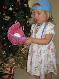 2007-12-25.christmas.playing.ball.04.seren-snyder.venice.fl.us.jpg