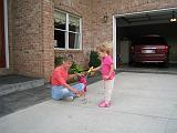 2008-06-30.playing.bubbles.02.seren-sandy-snyder.richmond.ky.us.jpg