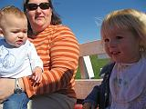 2007-10-09.farm.hay_ride.14.seren-snyder-paige-elliot.plymouth.mi.us.jpg