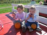 2007-10-09.farm.hay_ride.42.alex-elliot.plymouth.mi.us.jpg