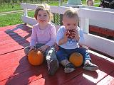 2007-10-09.farm.hay_ride.43.alex-elliot.plymouth.mi.us.jpg