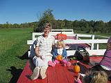 2007-10-09.farm.hay_ride.44.seren-sandy-snyder.plymouth.mi.us.jpg