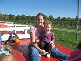 2007-10-09.farm.hay_ride.46.tawny-sadie.plymouth.mi.us.jpg