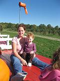2007-10-09.farm.hay_ride.48.tawny-sadie.plymouth.mi.us.jpg