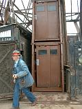 2001-07-00.elevator.tower.1.mine_elevator.two_story.1.soudan_mine.tower.mn.us.jpg