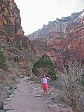 2007-11-17.canyon_return_ascent.bright_angel_trail.042.nessa-snyder.grand_canyon.az.us.jpg